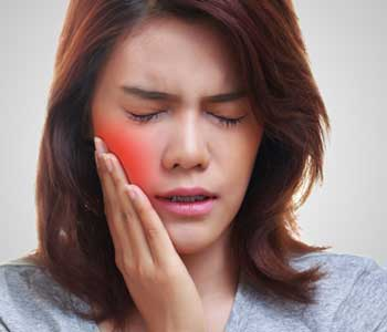 Charleston SC patients prevent painful wisdom teeth symptoms