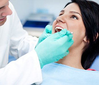 Dr Greenberg discusses when dental bonding may be right for you