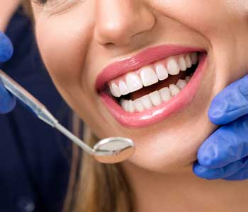Charleston, SC patients can receive a professional dental filling and root canal